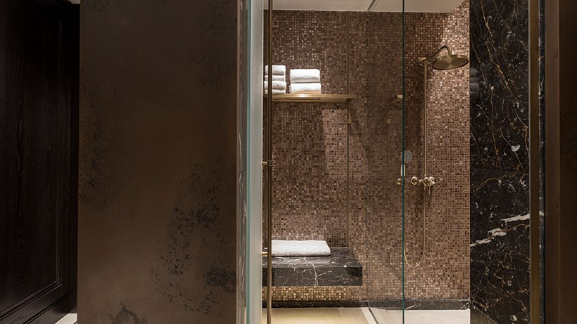 Lanesborough-Club-Spa-Knightsbridge-Spa-Treatments-bio-energy-mud-bathing-820x461.jpg